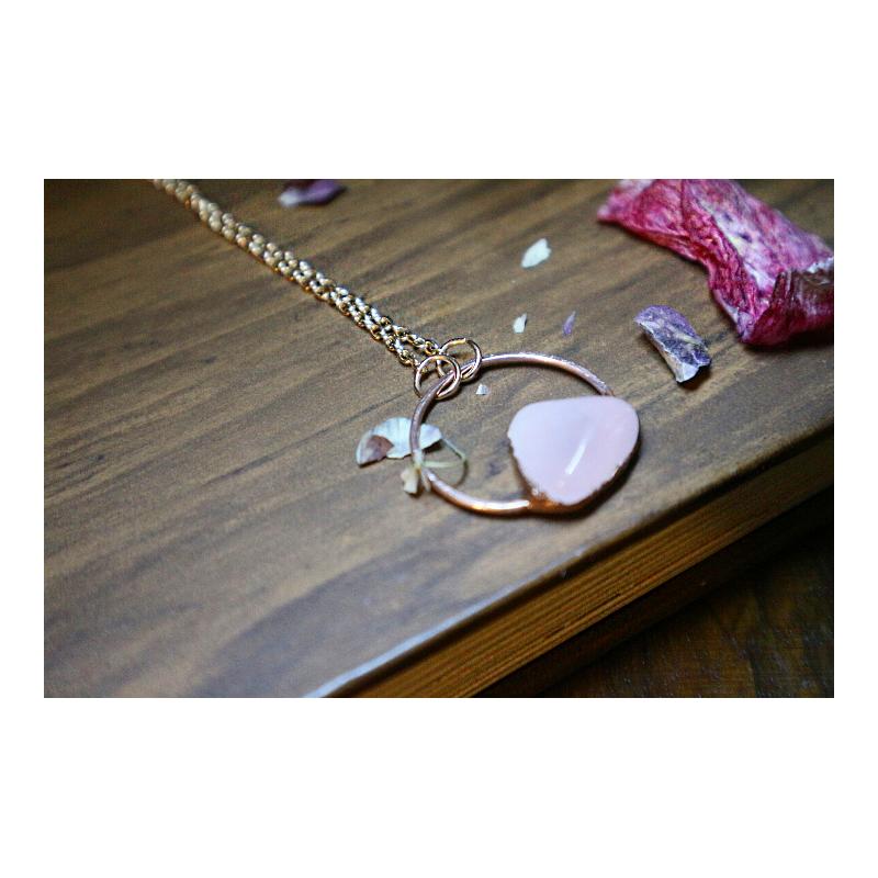Collana cerchio quarzo rosa