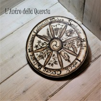 Celtic wheel of the year, pirografia su legno