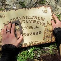 OUIJA Lucifer con planchette, pirografia su legno