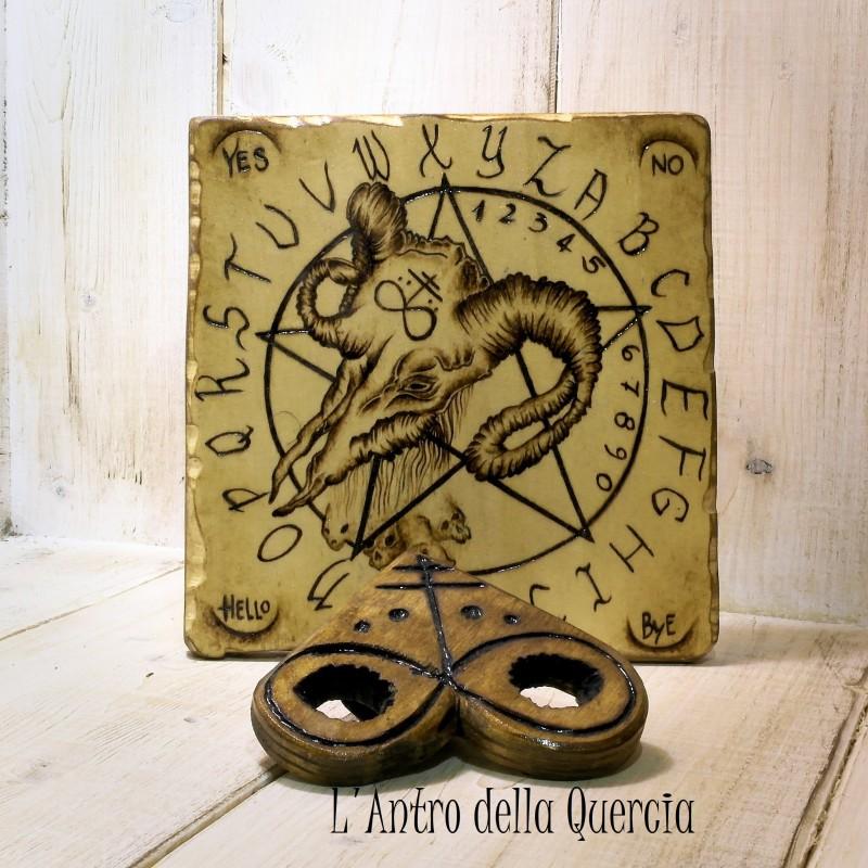 Quadrante ouija con Baphomet, pirografia su legno