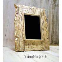 Specchio nero con cornice in legno, divinazione e magia